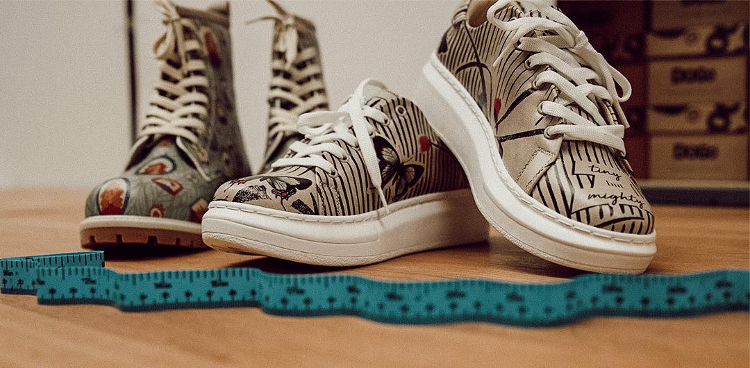 Mit einem Maßband kannst du die Schuhweite am besten ermitteln.