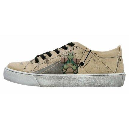Bunte Sneaker mit schönen Motiven und kreativen Designs - Dogo Sneaky - Adventure Awaits Go Find It im DOGO Onlineshop bestellen!