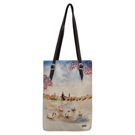 Bunte Taschen mit schönen Motiven und kreativen Designs - Dogo Tall Bag - Swans on the River im DOGO Onlineshop bestellen!